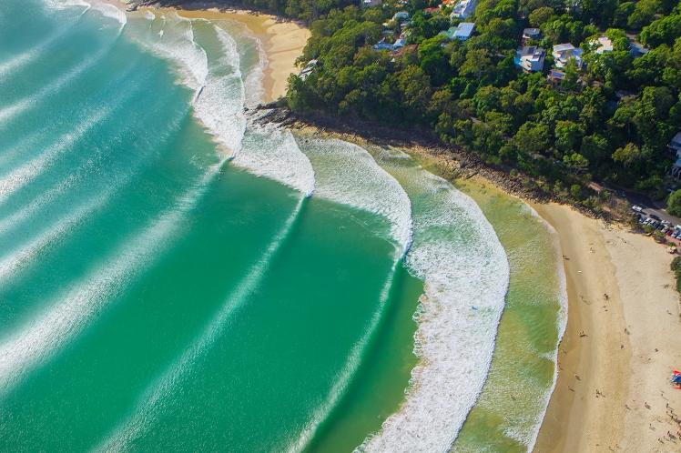 Wave sets - Noosa National Park